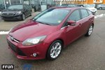 This Red 4 door Titanium Hatchback features  a Automatic transmission, a  2.0L  I 4 engine, and has 42877 kilometres on it.