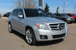 This Silver 4 door Base SUV features  a 7 Spd Automatic transmission, a  3.5L  V 6 engine, and has 165547 kilometres on it.