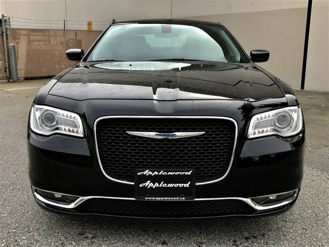 2016 Chrysler 300 in Surrey, British Columbia