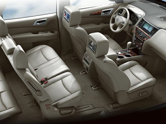 2014 Nissan Pathfinder in Moose Jaw, Saskatchewan