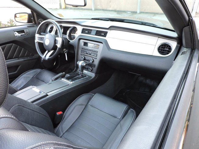 2012 Ford Mustang in Surrey, British Columbia