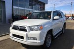 This White 4 door SR5 SUV features  a 5 Spd Automatic transmission, a  4.0L  V 6 engine, and has 68538 kilometres on it.
