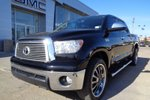 This Black 4 door Limited - 5.7L 4x4! Sunroof, Nav, Leather Pickup features a Beige interior a 6 Spd Automatic transmission, a  5.7L  V 8 engine, and has 104118 kilometres on it.