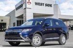 This Blue 4 door SE-4WD-3.0L-Heated Seats/Mirrors-Dual Zone A/C SUV features a Black interior a 6 Spd Automatic transmission, a  3.0L  V 6 engine, and has 12 kilometres on it.