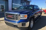 This Blue 4 door SLE Pickup features  a 6 Spd Automatic transmission, a  5.3L  V 8 engine, and has 55681 kilometres on it.
