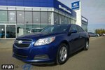This Blue 4 door 1LT Sedan features  a 6 Spd Automatic transmission, a  2.5L  I 4 engine, and has 94475 kilometres on it.