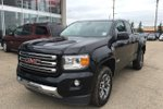 This Black 4 door SLE Pickup features  a 6 Spd Automatic transmission, a  3.6L  V 6 engine, and has 58800 kilometres on it.