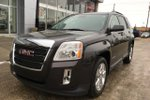 This Black 4 door SLE-2 SUV features a Black interior a 6 Spd Automatic transmission, a  3.6L  V 6 engine, and has 41722 kilometres on it.