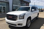 This White 4 door 1500 SLT SUV features  a 6 Spd Automatic transmission, a  5.3L  V 8 engine, and has 42202 kilometres on it.