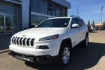 This White 4 door Limited SUV features  a 9 Spd Automatic transmission, a  3.2L  V 6 engine, and has 37352 kilometres on it.