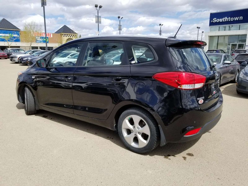 2015 Kia Rondo for sale in Edmonton, Alberta