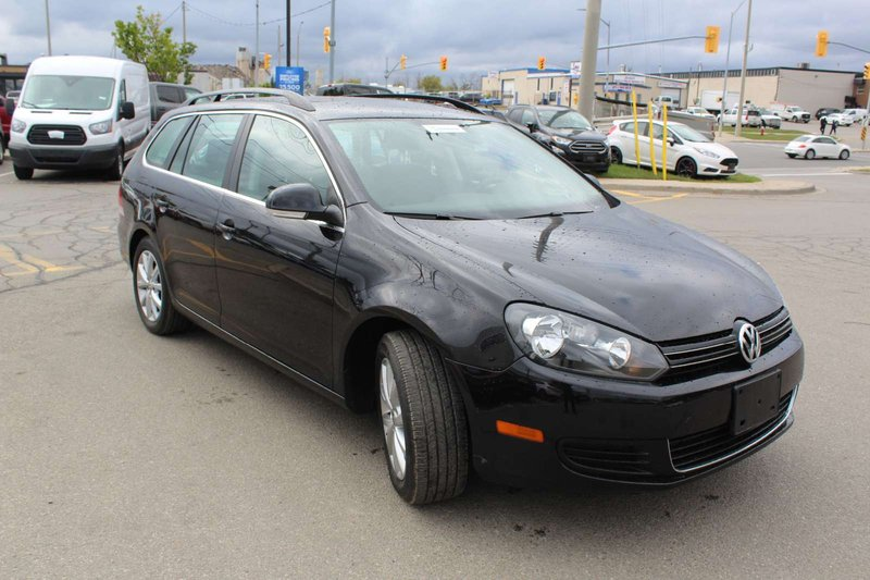 2014 Volkswagen Golf Wagon for sale in Mississauga, Ontario