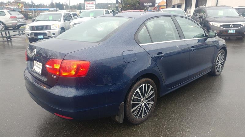 2013 Volkswagen Jetta Sedan for sale in Courtenay, British Columbia
