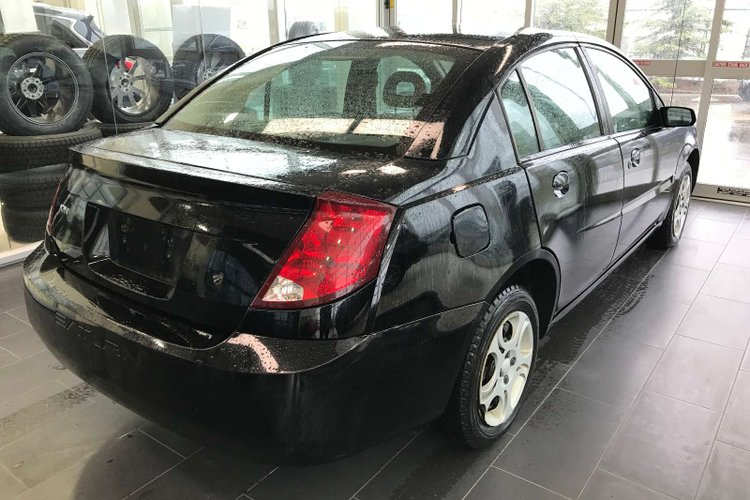 2004 Saturn ION Sedan Midlevel for sale in Edmonton, Alberta