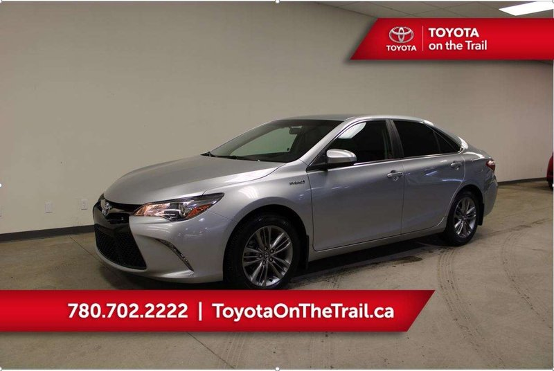 2016 Toyota Camry Hybrid for sale in Edmonton, Alberta