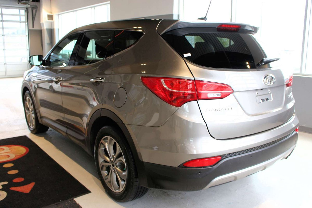 2013 Hyundai Santa Fe for sale in Spruce Grove, Alberta