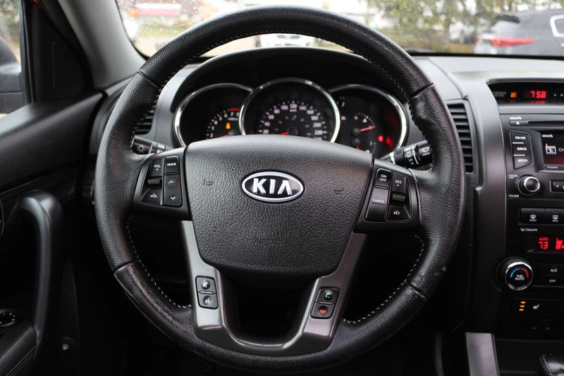 2013 Kia Sorento for sale in Edmonton, Alberta
