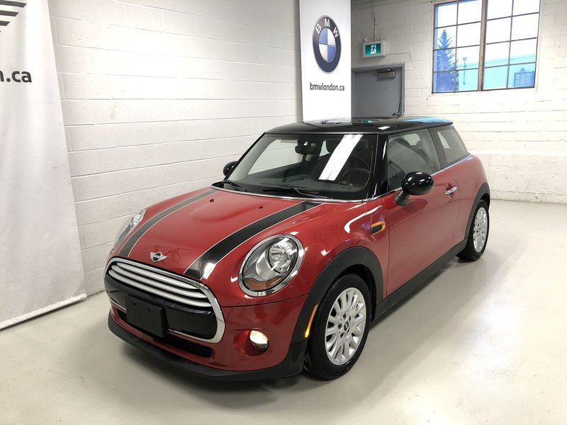 2015 MINI Cooper Hardtop for sale in London, Ontario