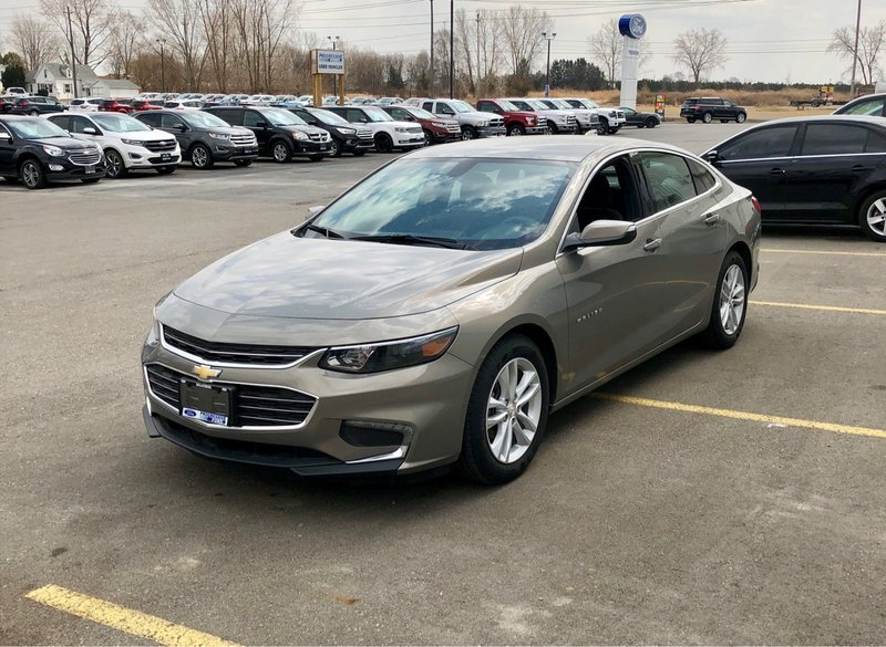 2017 Chevrolet Malibu for sale in Wallaceburg, Ontario