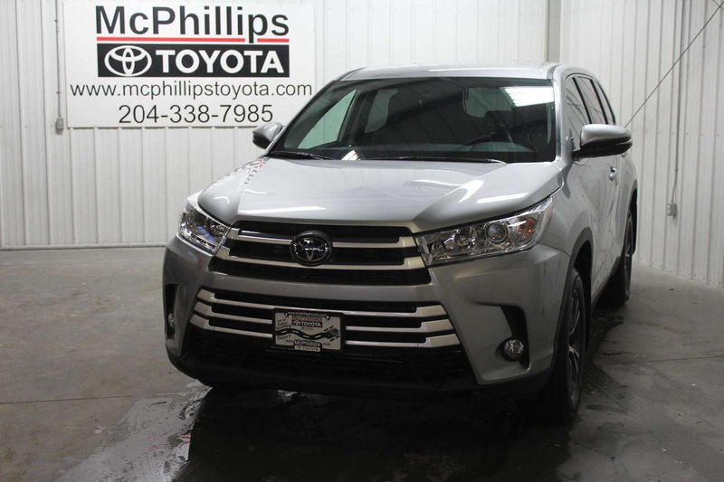 2019 Toyota Highlander for sale in Winnipeg, Manitoba