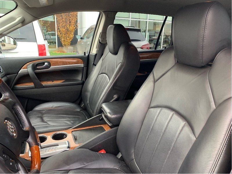 2009 Buick Enclave for sale in Chatham, Ontario