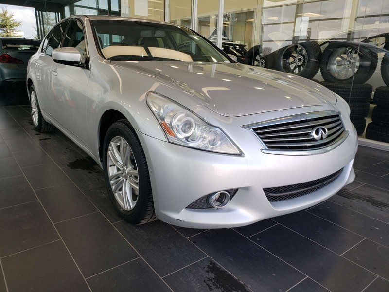 2011 Infiniti G37 Sedan for sale in Edmonton, Alberta