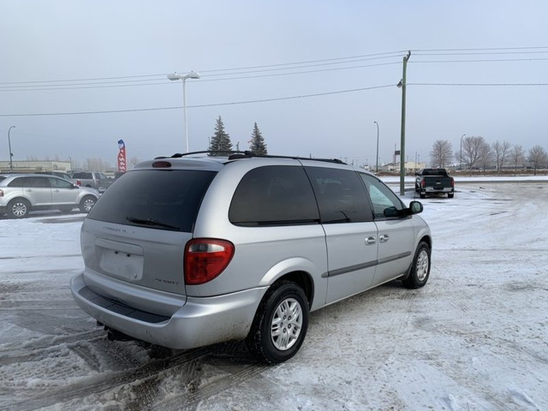 2001 Dodge Caravan for sale in Moose Jaw, Saskatchewan