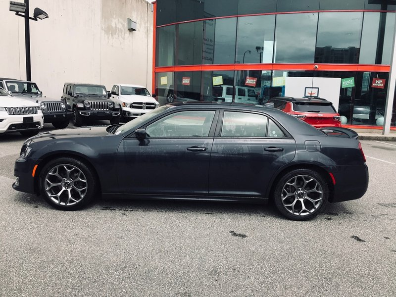2018 Chrysler 300 for sale in Richmond, British Columbia