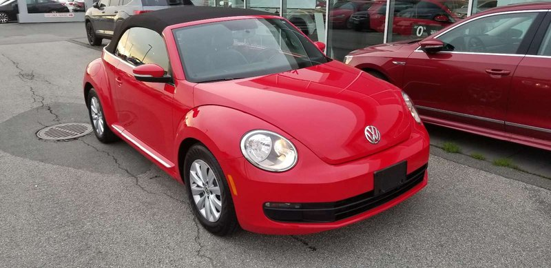 2013 Volkswagen Beetle Convertible for sale in Langley, British Columbia