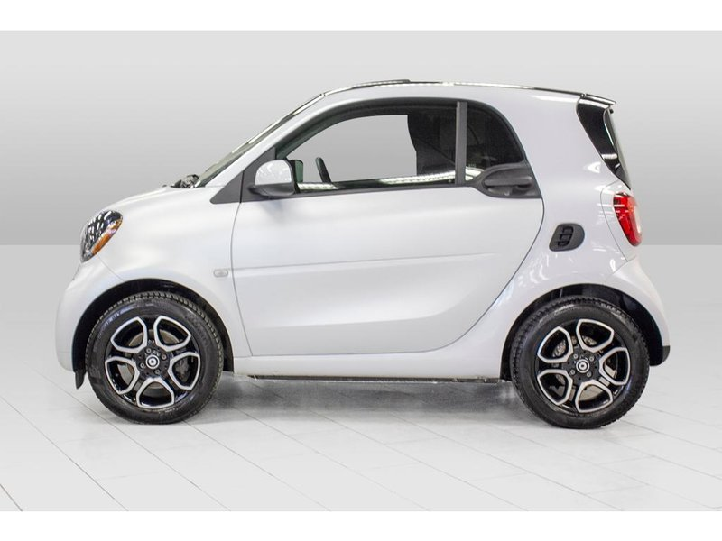 2016 smart fortwo for sale in Dollard-Des Ormeaux, Quebec