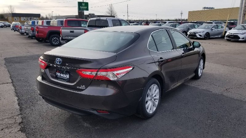 2018 Toyota Camry Hybrid for sale in Port Hawkesbury, Nova Scotia