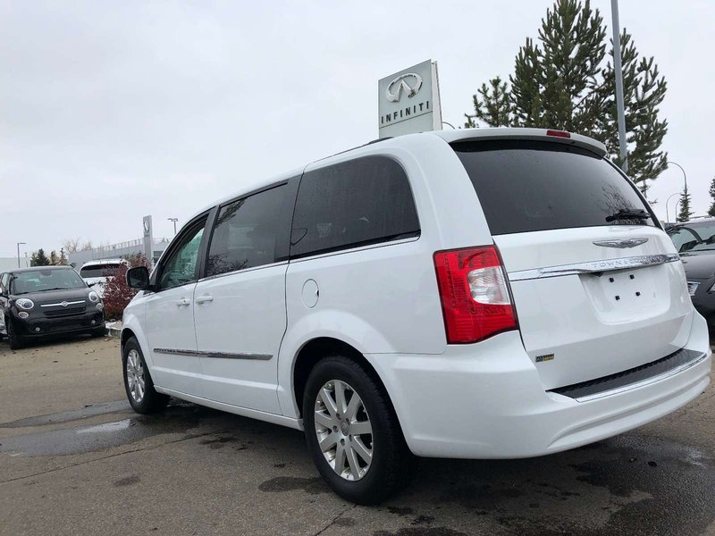 2016 Chrysler Town & Country for sale in Edmonton, Alberta