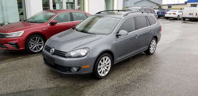 2014 Volkswagen Golf Wagon for sale in Langley, British Columbia
