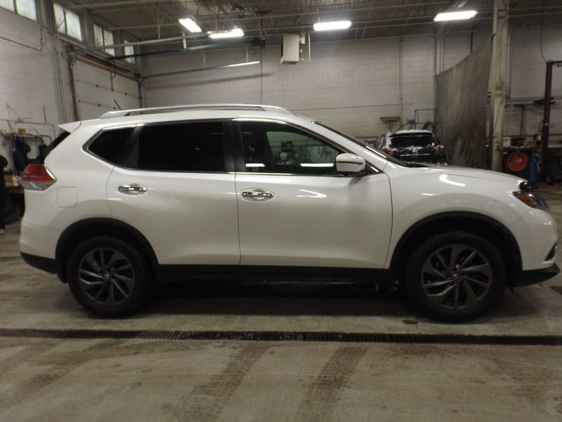 2016 Nissan Rogue for sale in Calgary, Alberta