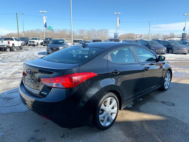 2013 Hyundai Elantra for sale in Moose Jaw, Saskatchewan