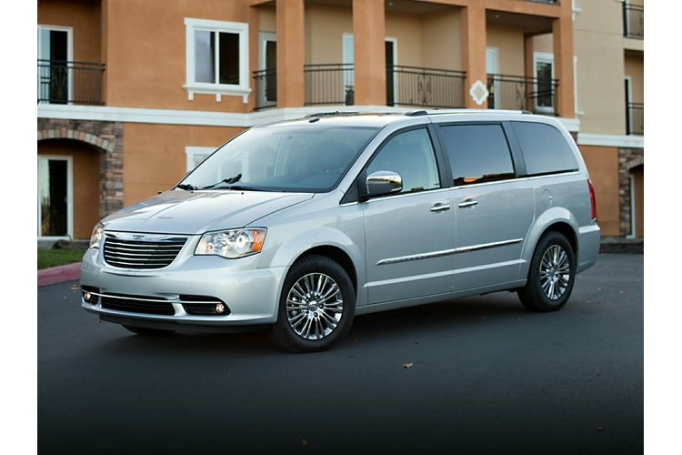 country inventory chrysler van owned town fwd used certified pre touring passenger l