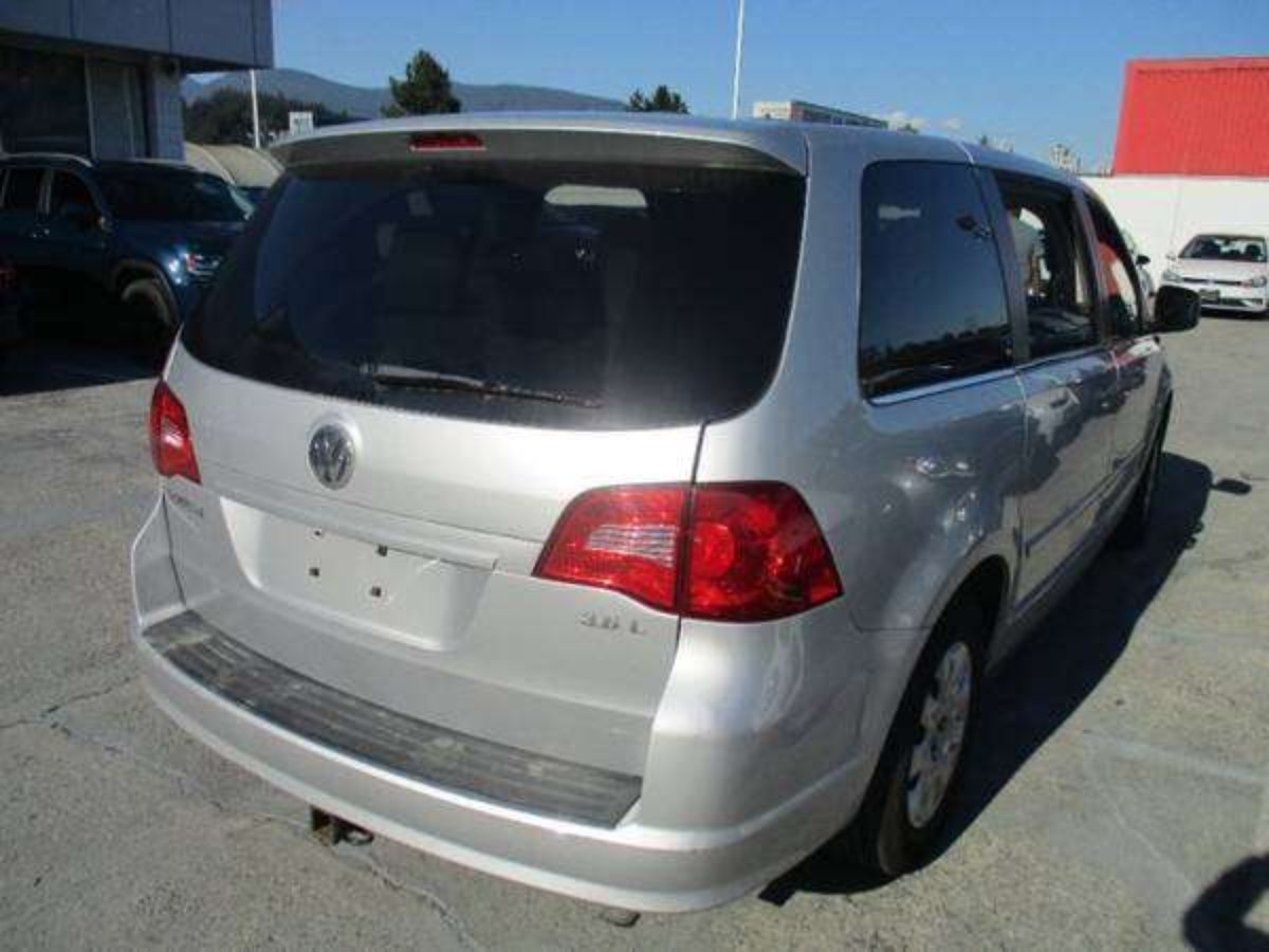 2012 Volkswagen Routan for sale in Coquitlam, British Columbia