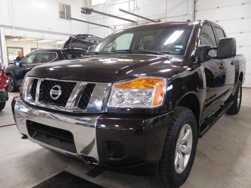 2014 nissan titan for sale in calgary. Black Bedroom Furniture Sets. Home Design Ideas