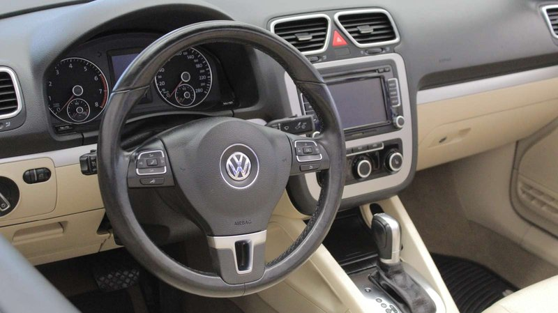 2014 Volkswagen Eos for sale in Charlottetown, Prince Edward Island