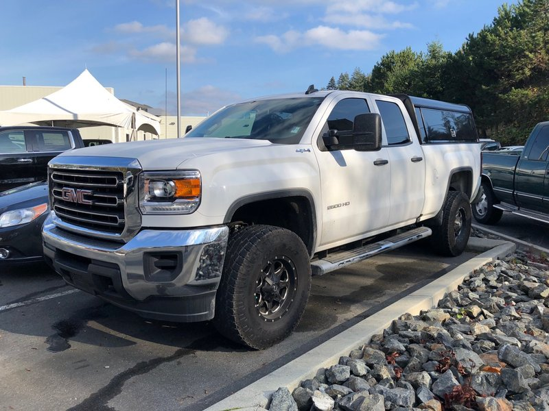2016 GMC Sierra 2500HD for sale in Victoria, British Columbia