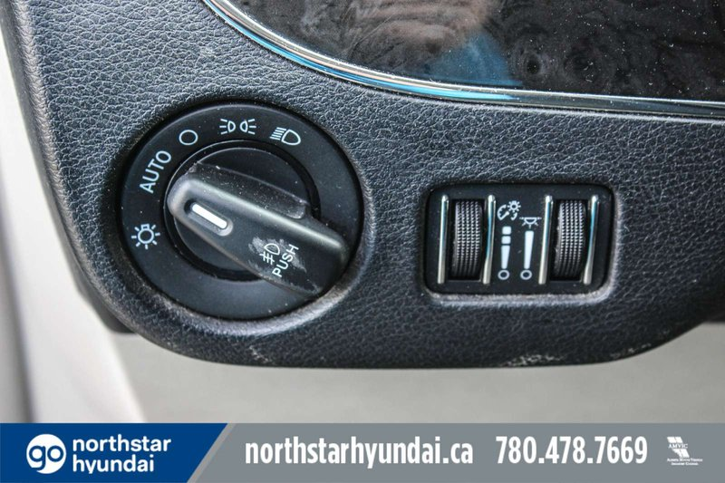 2015 Chrysler Town & Country for sale in Edmonton, Alberta
