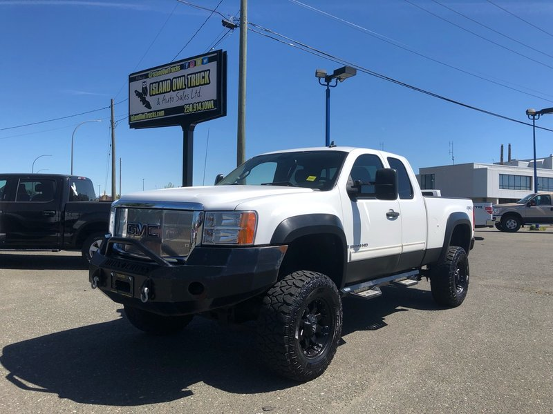 2009 GMC Sierra 2500HD for sale in Campbell River, British Columbia