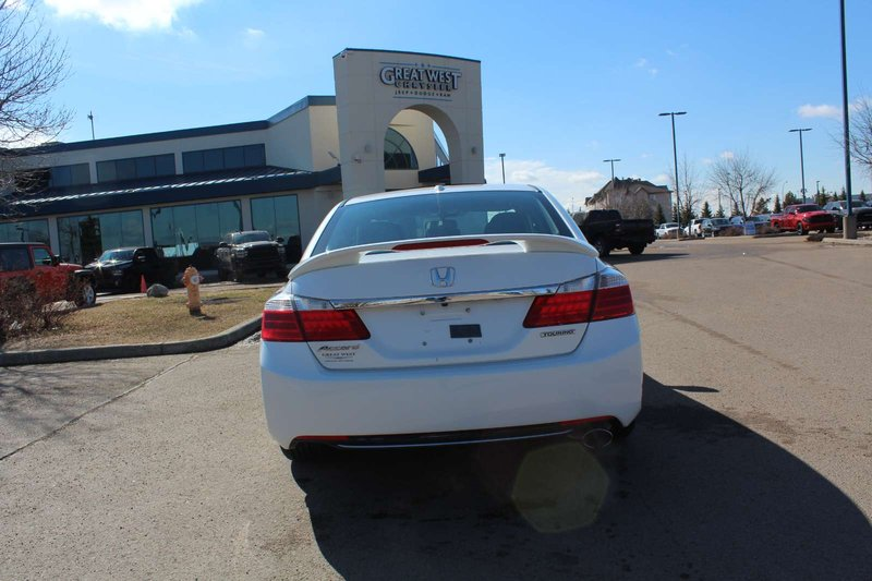 2015 Honda Accord Sedan for sale in Edmonton, Alberta