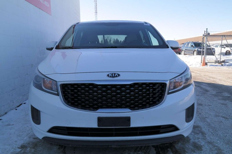 2015 Kia Sedona for sale in Edmonton, Alberta