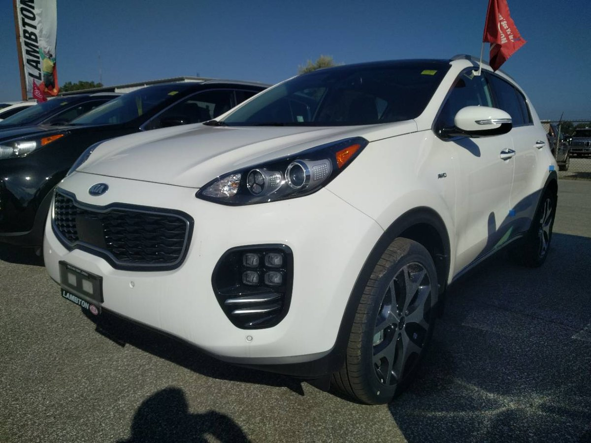 2017 kia sportage for sale in sarnia. Black Bedroom Furniture Sets. Home Design Ideas