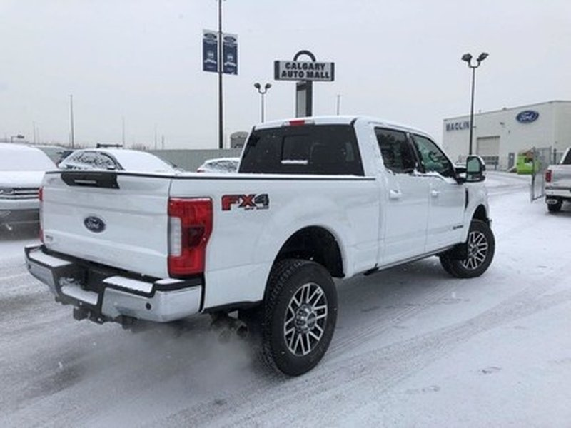 2017 Ford Super Duty F-350 SRW for sale in Calgary, Alberta
