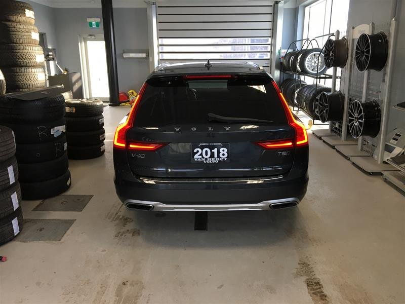 2018 Volvo V90 CROSS COUNTRY for sale in Kingston, Ontario
