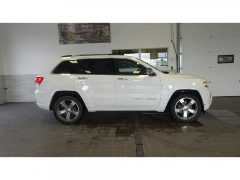 2014 Jeep Grand Cherokee for sale in Calgary, Alberta