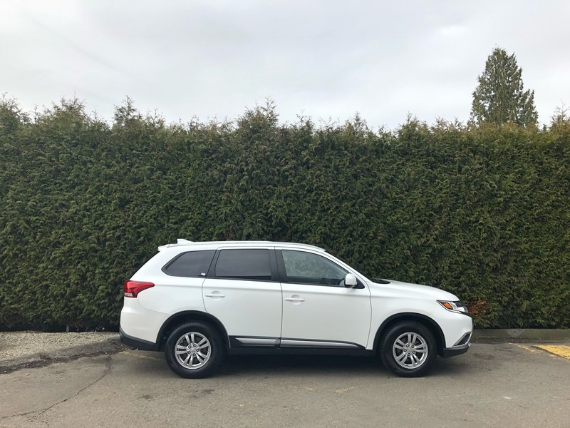 2017 Mitsubishi Outlander for sale in Surrey, British Columbia