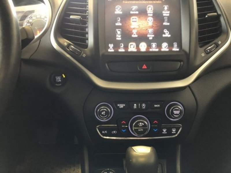 2016 Jeep Cherokee for sale in Calgary, Alberta